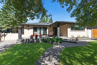 Main Photo: 4 Meadowlark Crescent SW in Calgary: Meadowlark Park Detached for sale : MLS®# A1130085