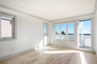 Photo 15: 5276 MCKEE Street in Burnaby: South Slope House for sale (Burnaby South)  : MLS®# R2415596