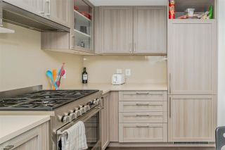 """Photo 14: 2001 5470 ORMIDALE Street in Vancouver: Collingwood VE Condo for sale in """"WALL CENTRE"""" (Vancouver East)  : MLS®# R2583172"""