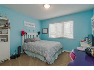 """Photo 14: 18276 69 Avenue in Surrey: Cloverdale BC House for sale in """"Cloverwoods"""" (Cloverdale)  : MLS®# R2369738"""