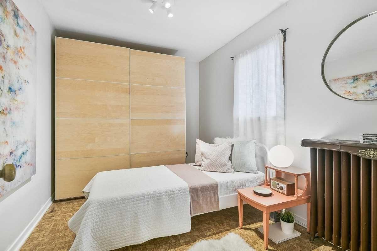 Photo 15: Photos: 10 Jesmond Avenue in Toronto: Oakwood-Vaughan House (Bungalow) for sale (Toronto C03)  : MLS®# C4595811