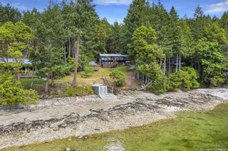 Main Photo: 670 Sunset Dr in : GI Salt Spring House for sale (Gulf Islands)  : MLS®# 878631
