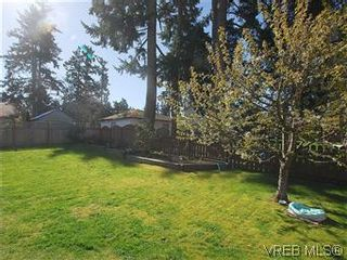 Photo 16: 709 Kelly Rd in VICTORIA: Co Hatley Park House for sale (Colwood)  : MLS®# 570145