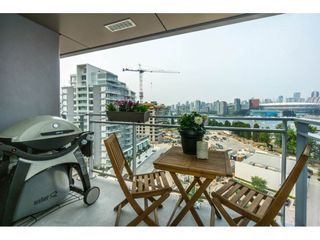 """Photo 18: 1203 1618 QUEBEC Street in Vancouver: Mount Pleasant VE Condo for sale in """"CENTRAL"""" (Vancouver East)  : MLS®# R2194476"""