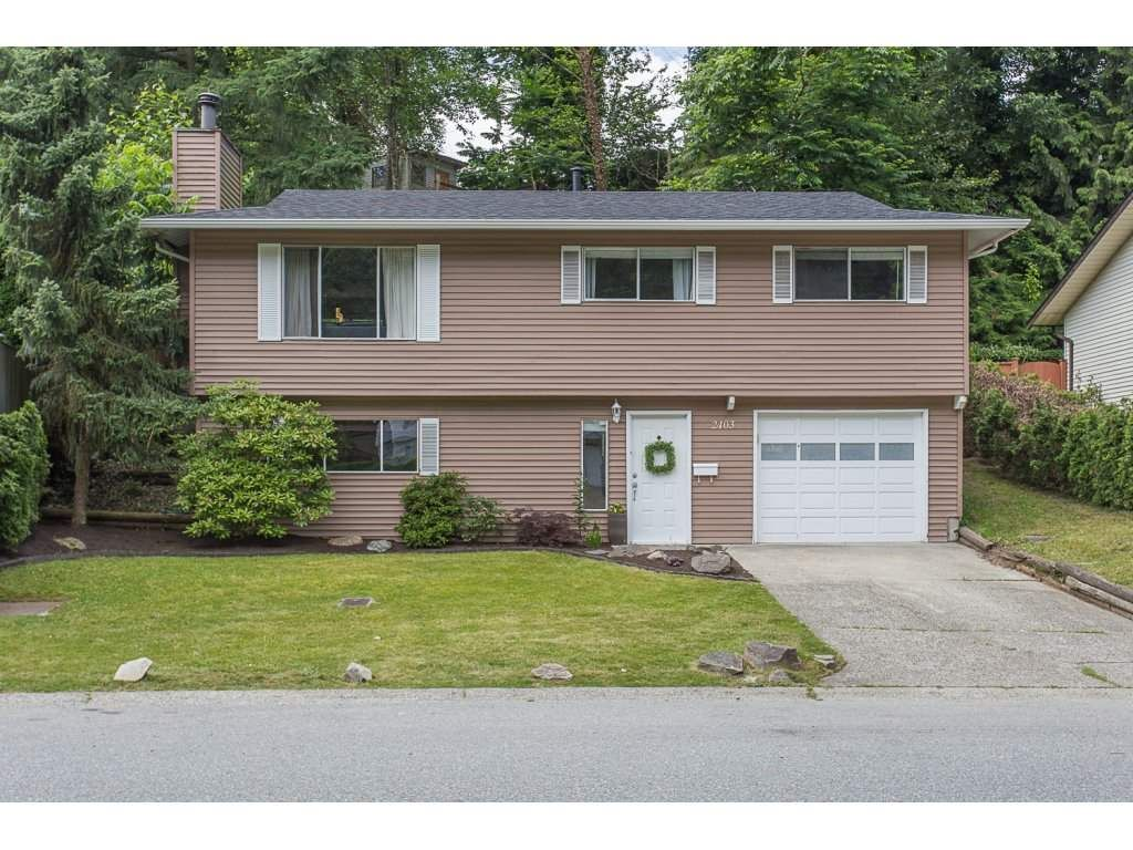 Main Photo: 2403 CAMERON Crescent in Abbotsford: Abbotsford East House for sale : MLS®# R2183753