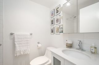 "Photo 14: 102 2335 YORK Avenue in Vancouver: Kitsilano Condo for sale in ""YORKDALE VILLA"" (Vancouver West)  : MLS®# R2541644"