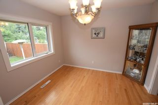 Photo 5: 413 112th Street West in Saskatoon: Sutherland Residential for sale : MLS®# SK864508