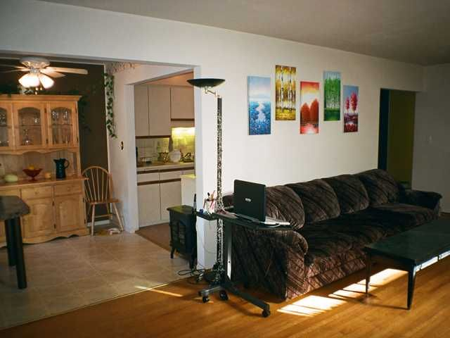 Photo 4: Photos: 4 48 Leopold Place in New Westminster: Downtown NW Condo for sale : MLS®# v908797