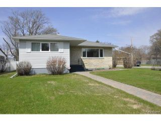 Photo 2: 410 Ainslie Street in WINNIPEG: St James Residential for sale (West Winnipeg)  : MLS®# 1410812