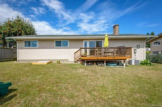 Photo 31: 2045 Beaufort Ave in : CV Comox (Town of) House for sale (Comox Valley)  : MLS®# 884580