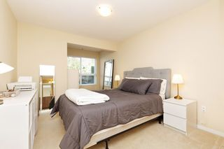 """Photo 9: 207 3082 DAYANEE SPRINGS BOULEVARD Boulevard in Coquitlam: Westwood Plateau Condo for sale in """"The Lanterns"""" : MLS®# R2443838"""
