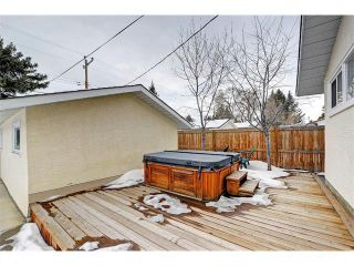 Photo 25: 6415 LONGMOOR Way SW in Calgary: Lakeview House for sale : MLS®# C4102401