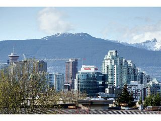 """Photo 10: 302 391 E 7TH Avenue in Vancouver: Mount Pleasant VE Condo for sale in """"OAKWOOD PARK"""" (Vancouver East)  : MLS®# V1000563"""