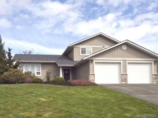 Photo 1: 1480 Thorpe Ave in COURTENAY: CV Courtenay East House for sale (Comox Valley)  : MLS®# 696083