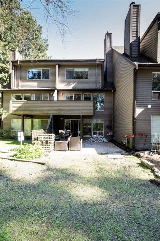 """Photo 40: 8202 FOREST GROVE Drive in Burnaby: Forest Hills BN Townhouse for sale in """"TH E HENLEY ESTATE"""" (Burnaby North)  : MLS®# R2565427"""