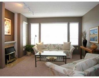 Photo 2: 220 E KEITH Road in North Vancouver: Central Lonsdale Townhouse for sale : MLS®# V634412