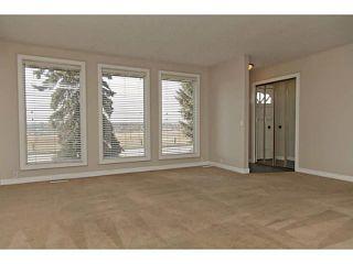 Photo 5: 724 LYSANDER Drive SE in Calgary: Lynnwood_Riverglen House for sale : MLS®# C3656384