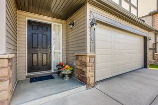 Photo 2: 14 Everridge Common SW in Calgary: Evergreen Row/Townhouse for sale : MLS®# A1120341