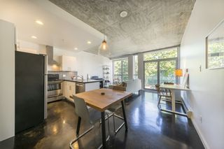 """Photo 2: 207 919 STATION Street in Vancouver: Mount Pleasant VE Condo for sale in """"Left Bank"""" (Vancouver East)  : MLS®# R2275486"""