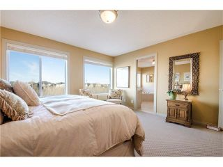 Photo 16: 76 STRATHLEA Place SW in Calgary: Strathcona Park House for sale : MLS®# C4092293