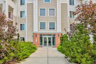 Photo 3: 109 9 COUNTRY VILLAGE Bay NE in Calgary: Country Hills Village Apartment for sale : MLS®# A1133857