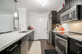 "Photo 3: 201 2268 SHAUGHNESSY Street in Port Coquitlam: Central Pt Coquitlam Condo for sale in ""UPTOWN POINT"" : MLS®# R2485600"