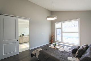 Photo 17: 2410 54 Avenue SW in Calgary: North Glenmore Park Semi Detached for sale : MLS®# A1082680