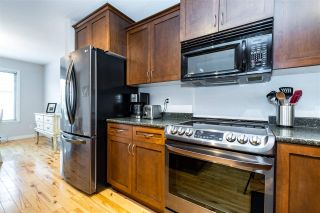 """Photo 8: 49 5556 PEACH Road in Chilliwack: Vedder S Watson-Promontory Townhouse for sale in """"The Gables at Rivers Bend"""" (Sardis)  : MLS®# R2541887"""