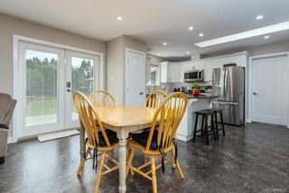Photo 4: 3487 Beachwood Rd in : CV Courtenay City House for sale (Comox Valley)  : MLS®# 885437