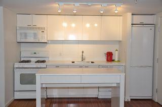Photo 4: 1009 328 E. 11th Avenue in Uno: Home for sale
