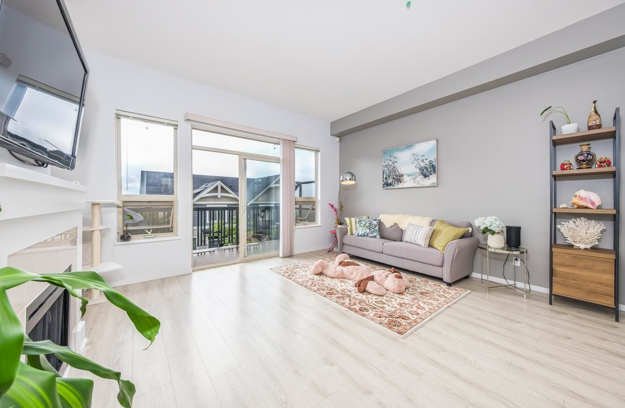 Main Photo: 186 3105 DAYANEE SPRINGS Boulevard in Coquitlam: Westwood Plateau Townhouse for sale : MLS®# R2617503