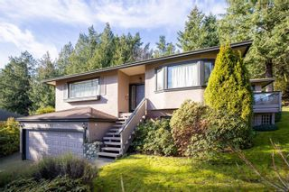Photo 3: 4798 Amblewood Dr in : SE Broadmead House for sale (Saanich East)  : MLS®# 865533