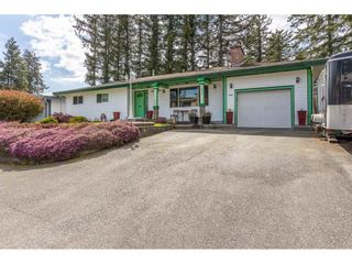 Photo 2: 3013 PRINCESS Street in Abbotsford: Central Abbotsford House for sale : MLS®# R2571706