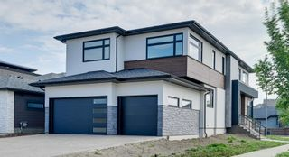 Photo 1: 1303 CLEMENT Court in Edmonton: Zone 20 House for sale : MLS®# E4262296