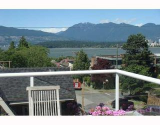 Photo 1: 1675 Larch Street in Vancouver: Kitsilano Condo for sale (Vancouver West)  : MLS®# V747996