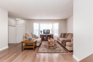 Photo 2: 4115 DOVERBROOK Road SE in Calgary: Dover Detached for sale : MLS®# C4295946