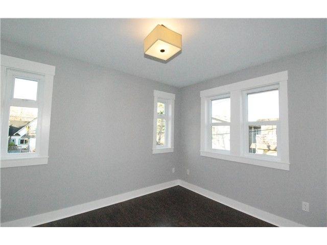 Photo 7: Photos: 755 E 11TH AV in Vancouver: Mount Pleasant VE 1/2 Duplex for sale (Vancouver East)  : MLS®# V1027526