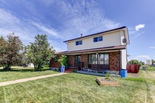 Main Photo: 47 Beaver Place: Beiseker Detached for sale : MLS®# A1122593