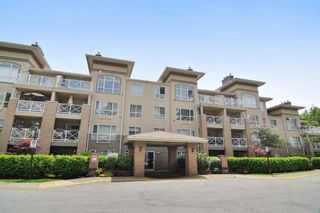 Photo 1: 113 2558 PARKVIEW Lane in Port Coquitlam: Central Pt Coquitlam Condo for sale : MLS®# R2212920