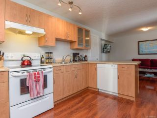 Photo 6: 3370 1ST STREET in CUMBERLAND: CV Cumberland House for sale (Comox Valley)  : MLS®# 820644