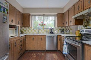 """Photo 8: 5755 MONARCH Street in Burnaby: Deer Lake Place House for sale in """"DEER LAKE PLACE"""" (Burnaby South)  : MLS®# R2475017"""