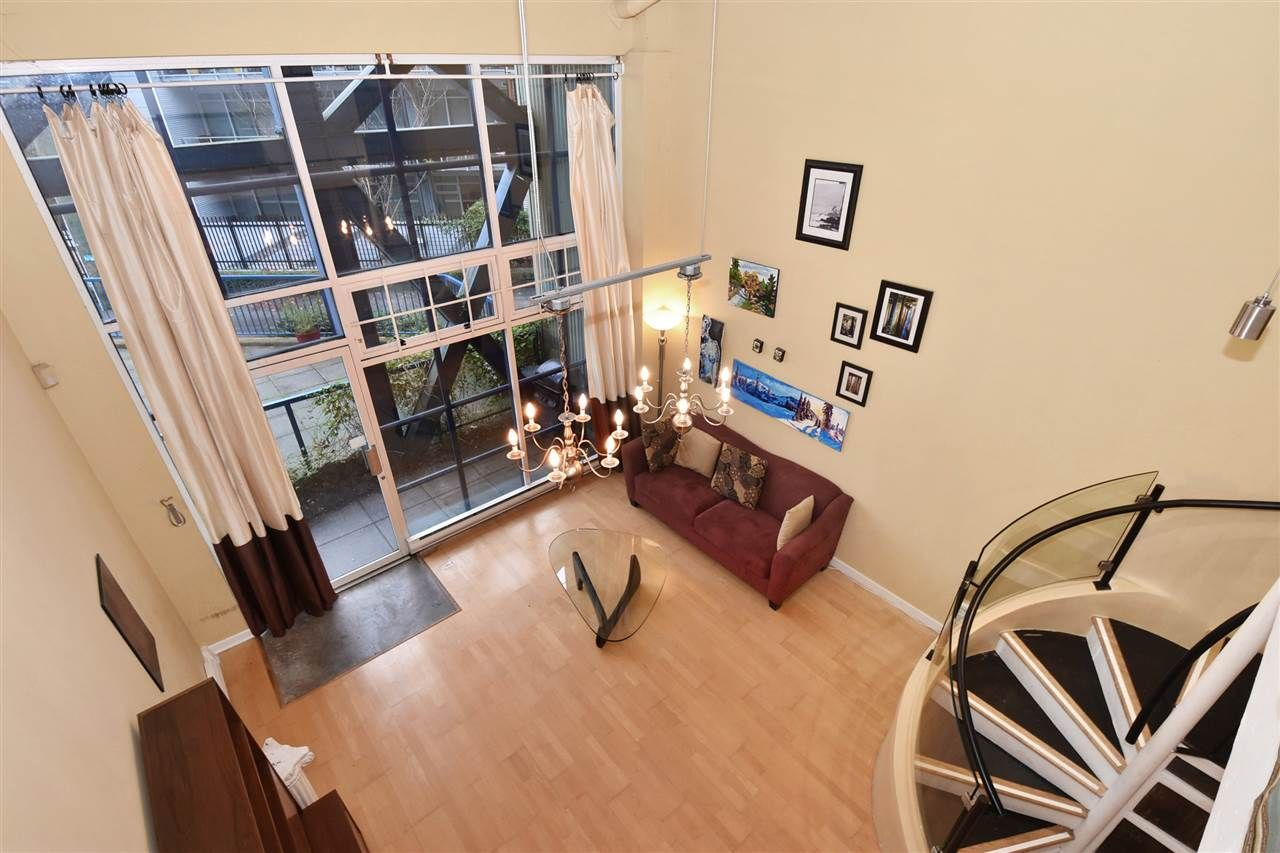 """Photo 3: Photos: 110 237 E 4TH Avenue in Vancouver: Mount Pleasant VE Condo for sale in """"ARTWORKS"""" (Vancouver East)  : MLS®# R2122835"""