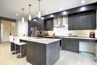 Photo 5: 16 Walden Mount SE in Calgary: Walden Residential for sale : MLS®# A1053734