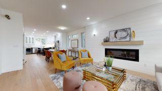 Photo 3: 9525 76 Avenue in Edmonton: Zone 17 House for sale : MLS®# E4262354