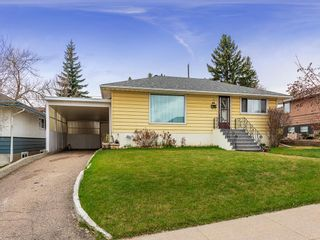 Photo 1: 5019 1 Street NW in Calgary: Thorncliffe Detached for sale : MLS®# C4296395