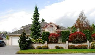 Photo 1: 13357 20th Ave in South Surrey: Home for sale