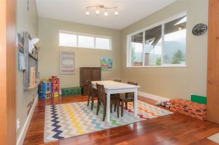 Photo 15: 39745 GOVERNMENT Road in Squamish: Northyards 1/2 Duplex for sale : MLS®# R2225663