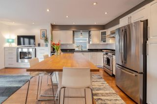 Photo 1: 343 E 6TH Street in North Vancouver: Lower Lonsdale 1/2 Duplex for sale : MLS®# R2547318