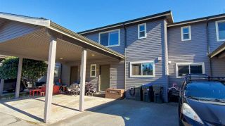 """Photo 1: 20 41450 GOVERNMENT Road in Squamish: Brackendale Townhouse for sale in """"Eagleview"""" : MLS®# R2565651"""