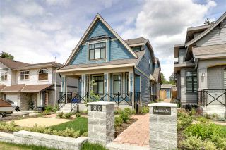 Photo 2: 102 635 GAUTHIER Avenue in Coquitlam: Coquitlam West Townhouse for sale : MLS®# R2331704